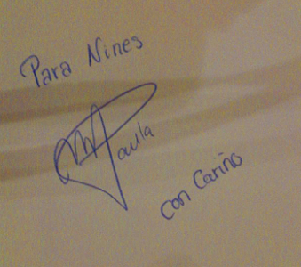 Autógrafo de María Paula Vargas
