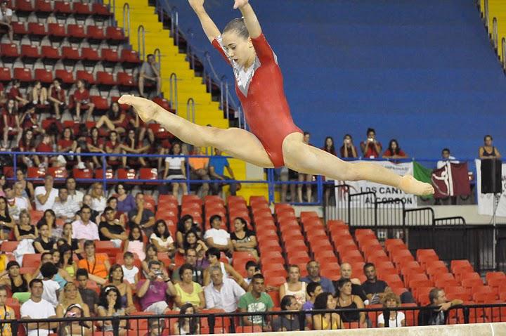 Beatriz Cuesta en barra. Foto: Lina Sáez.