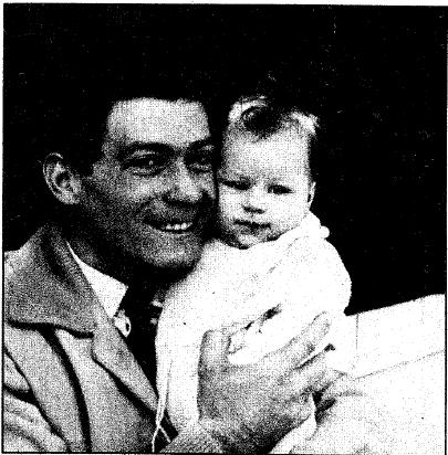 Joaquín Blume con su hija en 1959