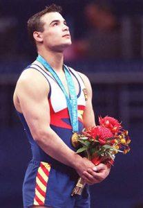 Gervasio Deferr. Oro en salto en Sídney 2000. Créditos de la fotografía: desconocidos. :-/ Se agradecerá cualquier información al respecto.