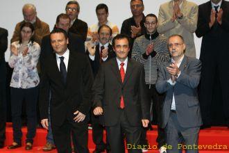 Paco y Pablo (en la segunda fila). Foto Diario de Pontevedra.